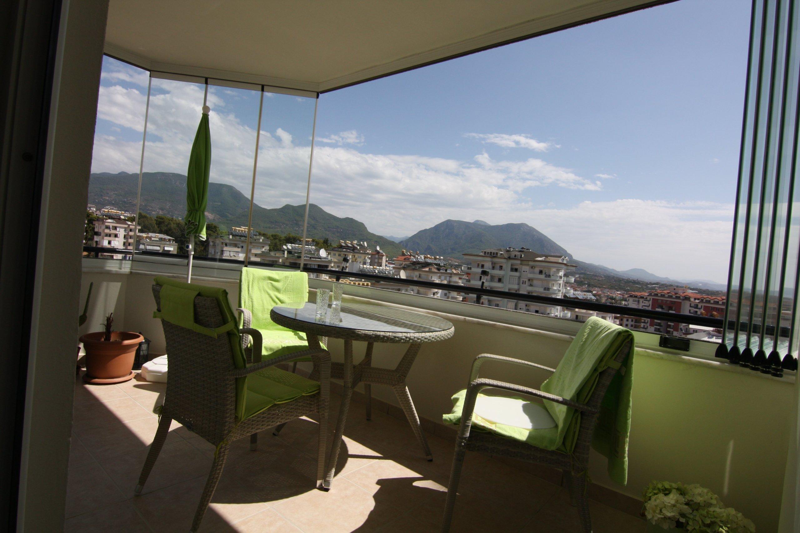 1+1 с панорамным видом  на море и горы в Джикджили