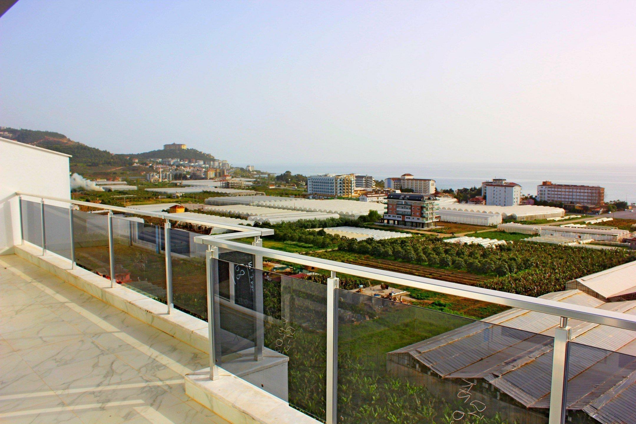 3+1 Пентхаус класса люкс с панорамным видом на горы и море