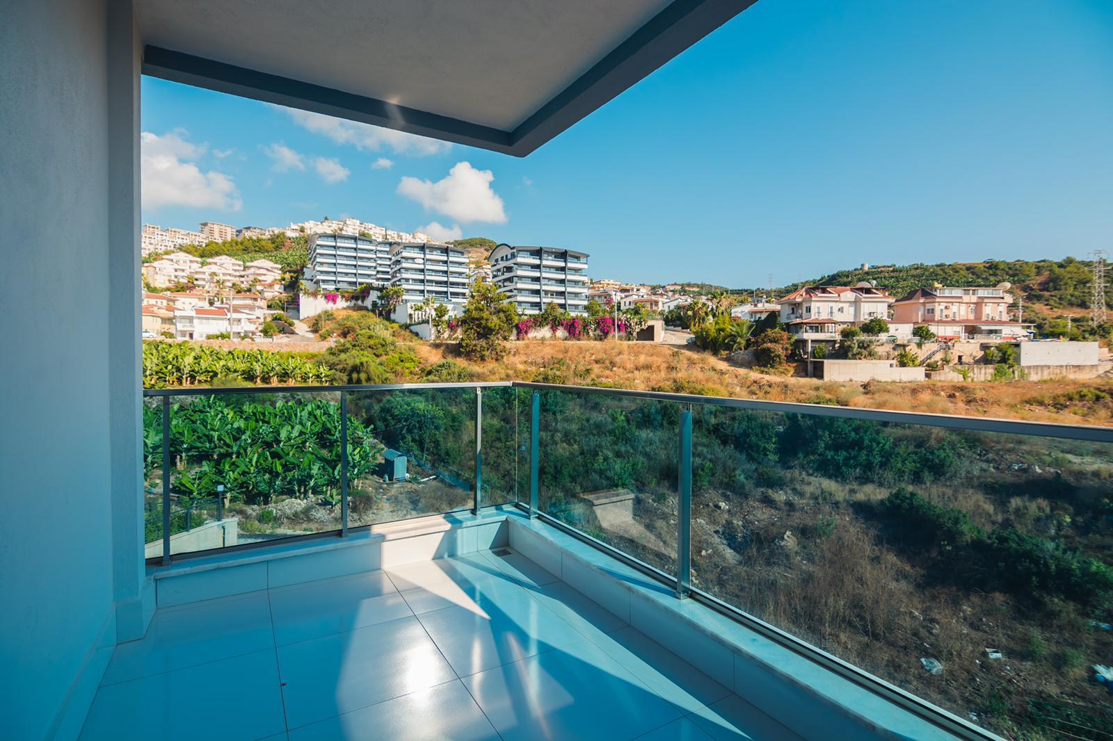 Ультра Люкс пентхаус 3+1 с видом на море и бассейном на балконе
