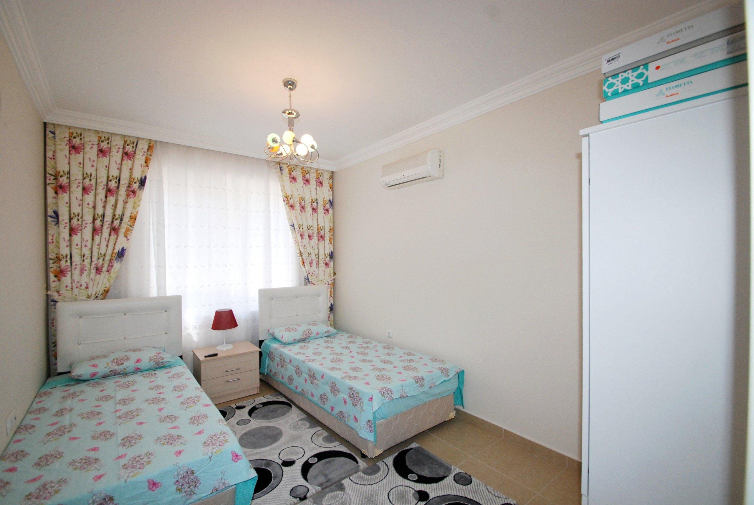 Просторная недорогая квартира для отдыха у моря в Алании