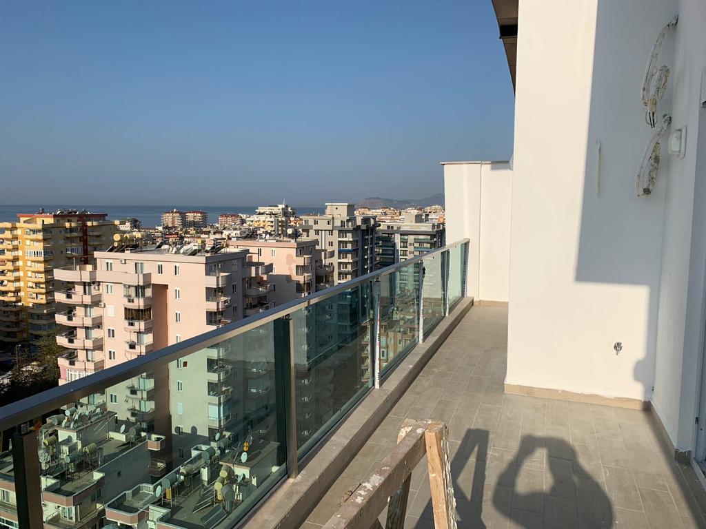 4+1 Новый пентхаус в близи моря с великолепным панорамным видом