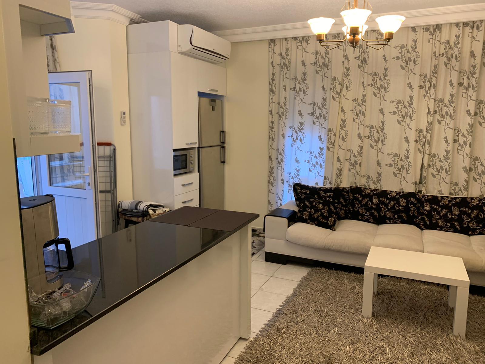 1+1 Меблированная квартира на Клеопатре