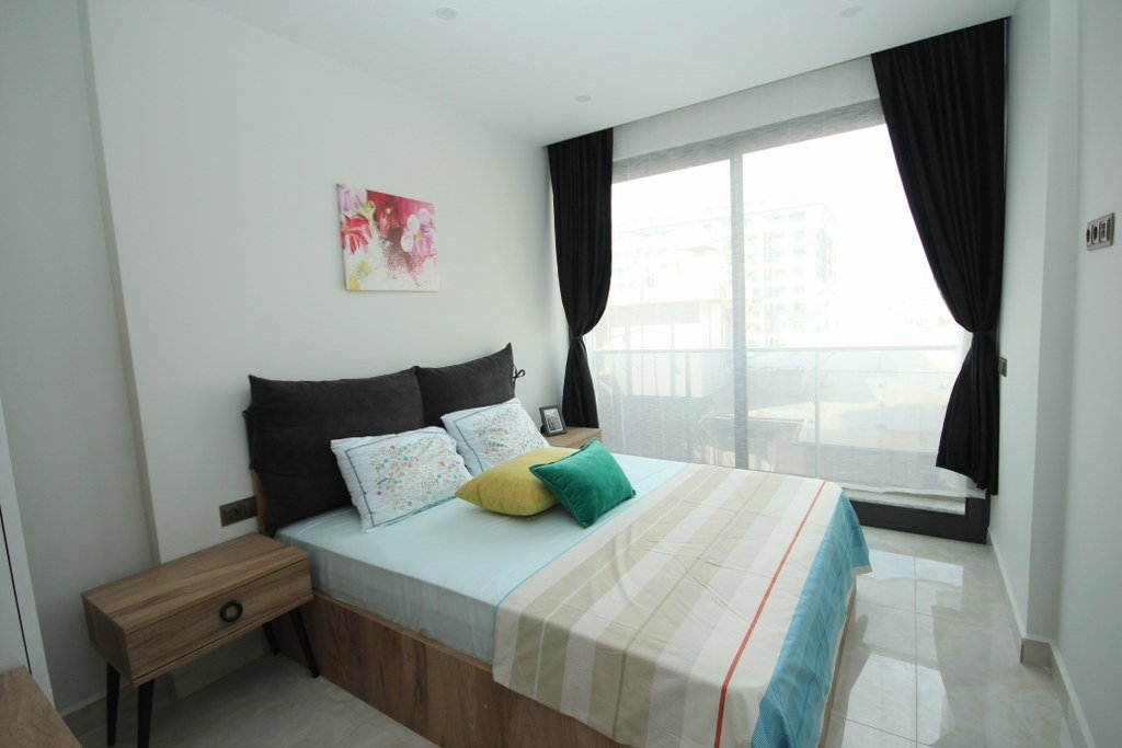 1+1 Меблированная квартира на первой линии моря