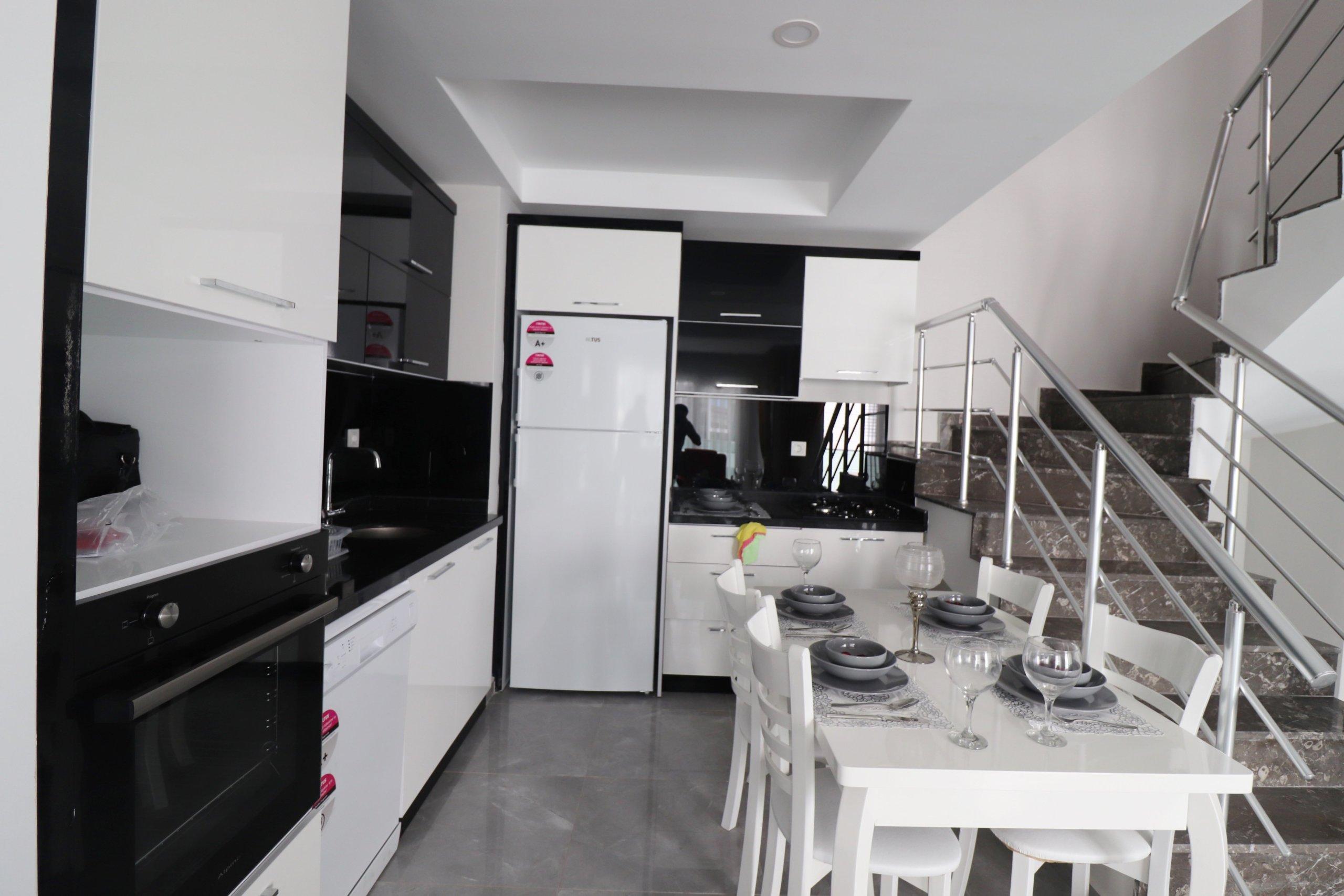 3+1 Меблированный просторный пентхаус  в новом жилом комплексе