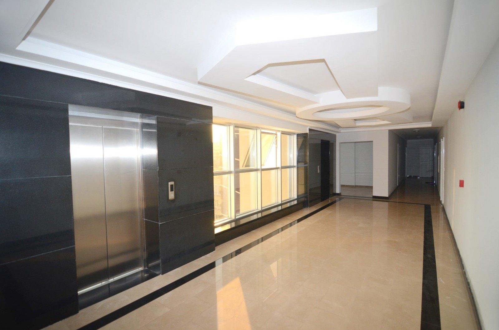 1+1 Просторная  квартира обустроенная новой мебелью и бытовой техникой