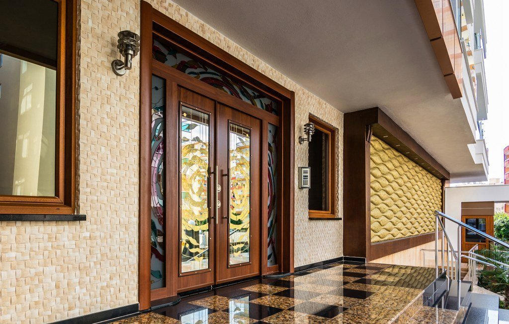 В Махмутларе в люкс резиденции двухкомнатная квартира с видом на горы