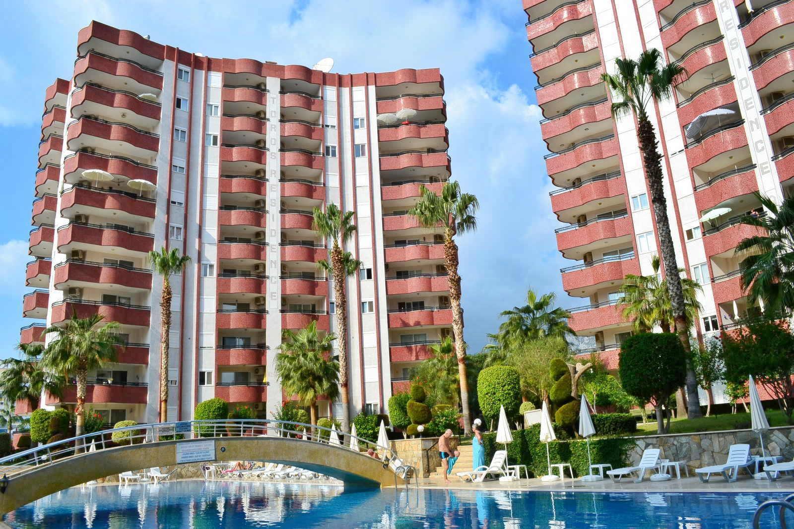 2+1 Просторная меблированная квартира в комплексе с красивой большой территорией