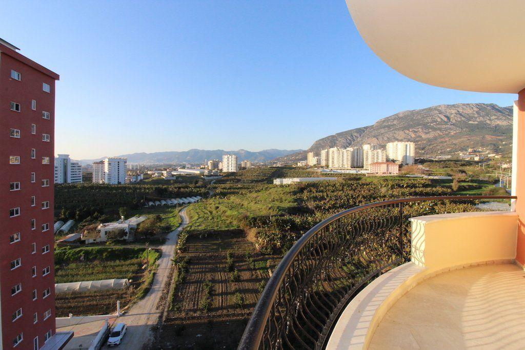 4+1 Двухэтажная квартира в умиротворенном месте с панорамным видом