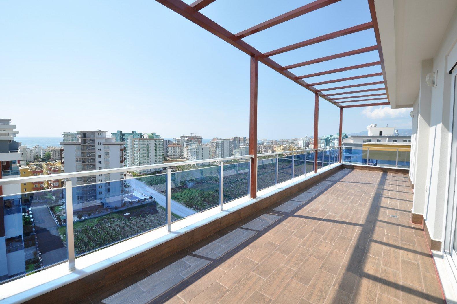 4+1 Пентхаус класса люкс с великолепным панорамным видом на горы и море в комплексе с инфраструктурой