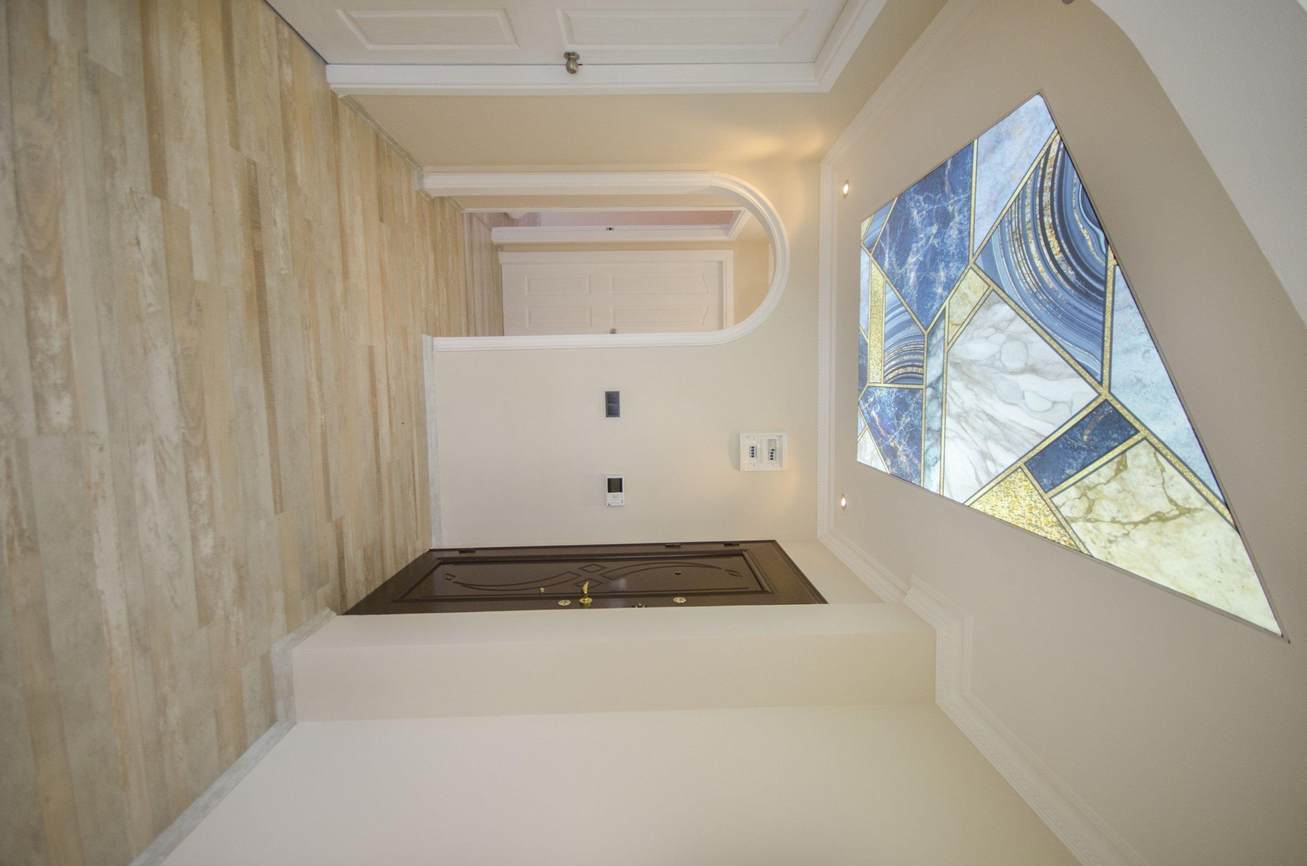 2+1 Светлая квартира на 3 этаже в доме с бассейном