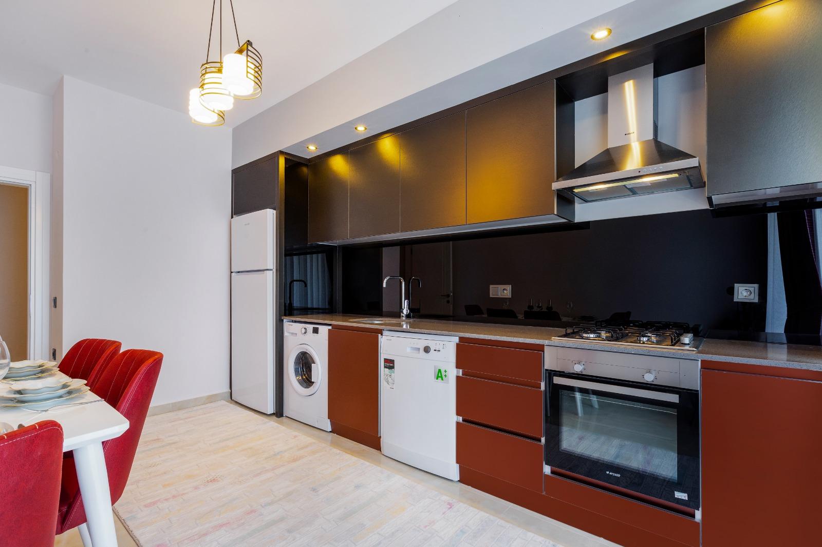 2+1 Новая меблированная квартира с видом на море и горы