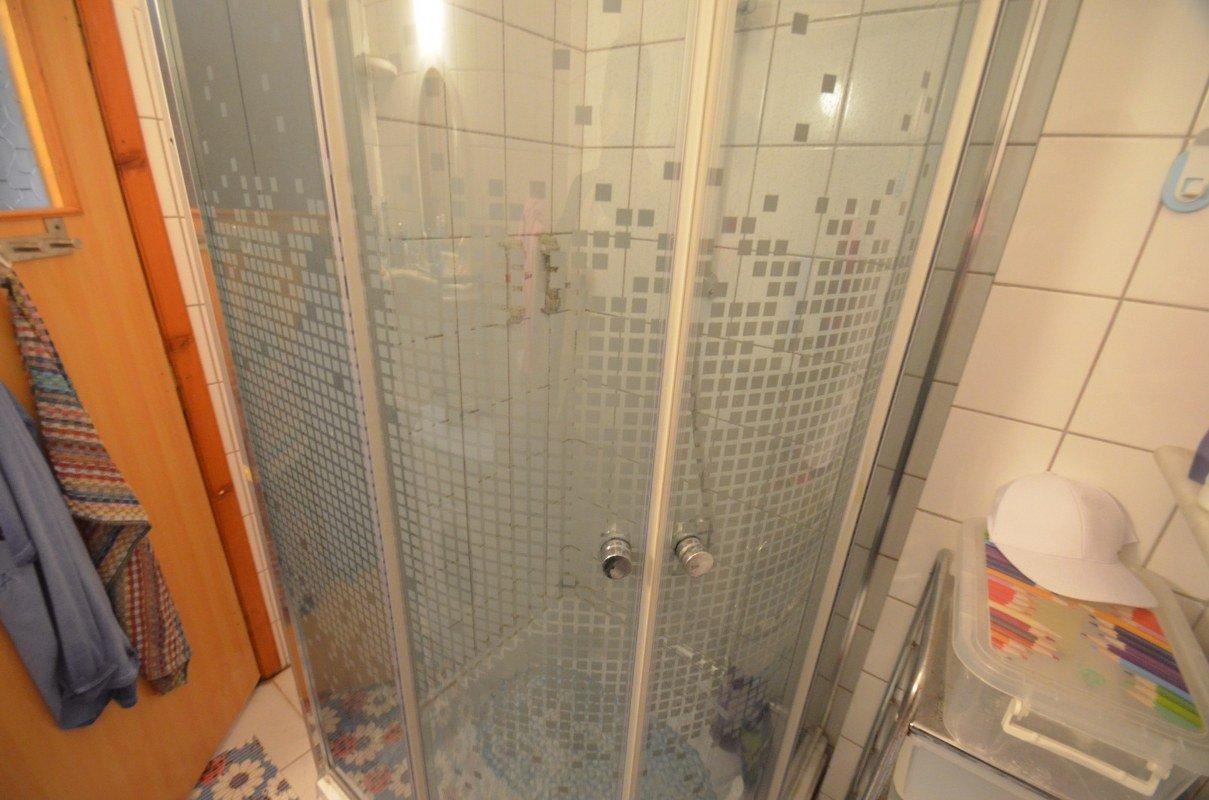 1+1 Меблированная квартира в доме с бассейном