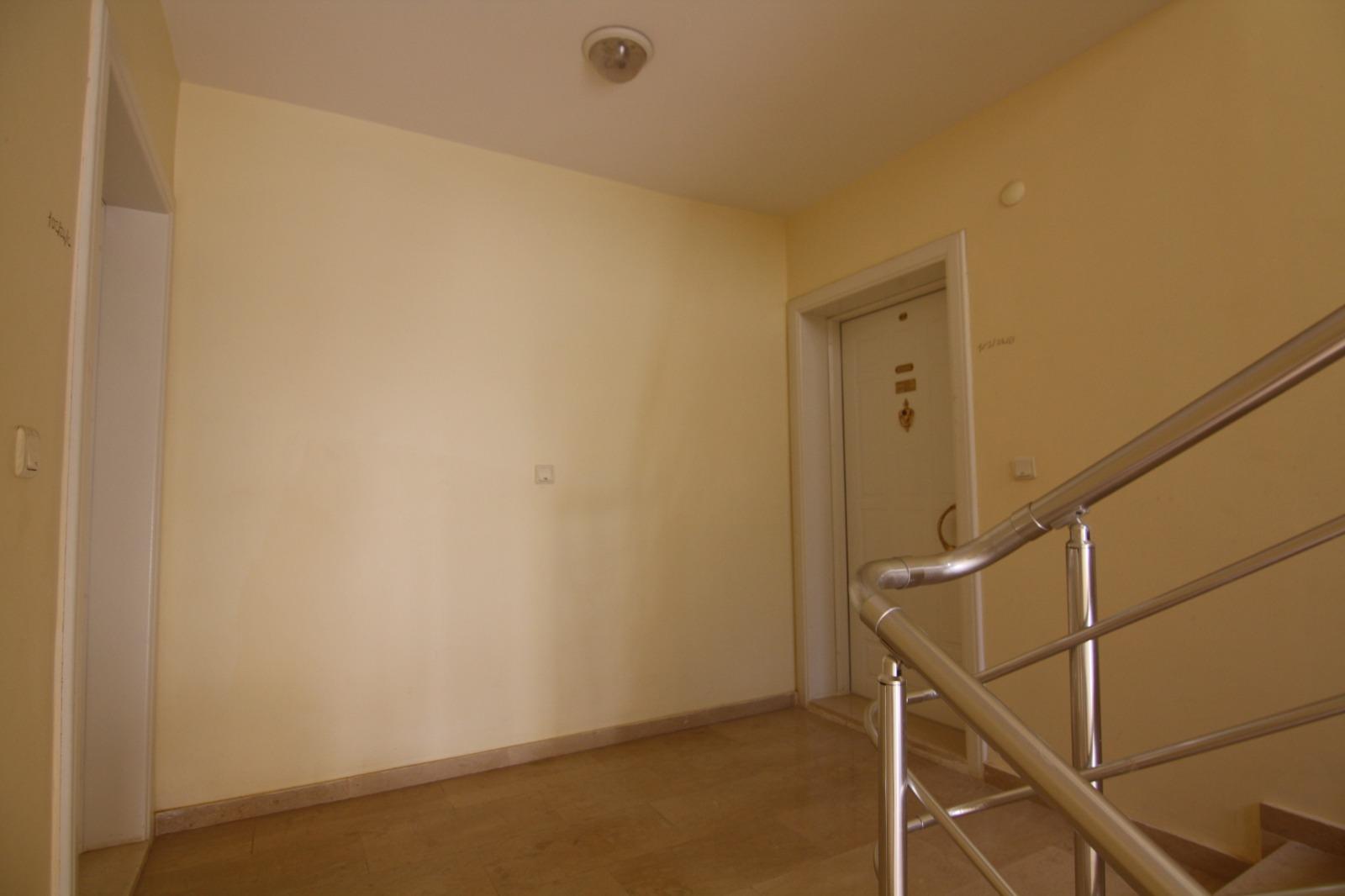 2+1 Квартира с мебелью и бытовой техникой