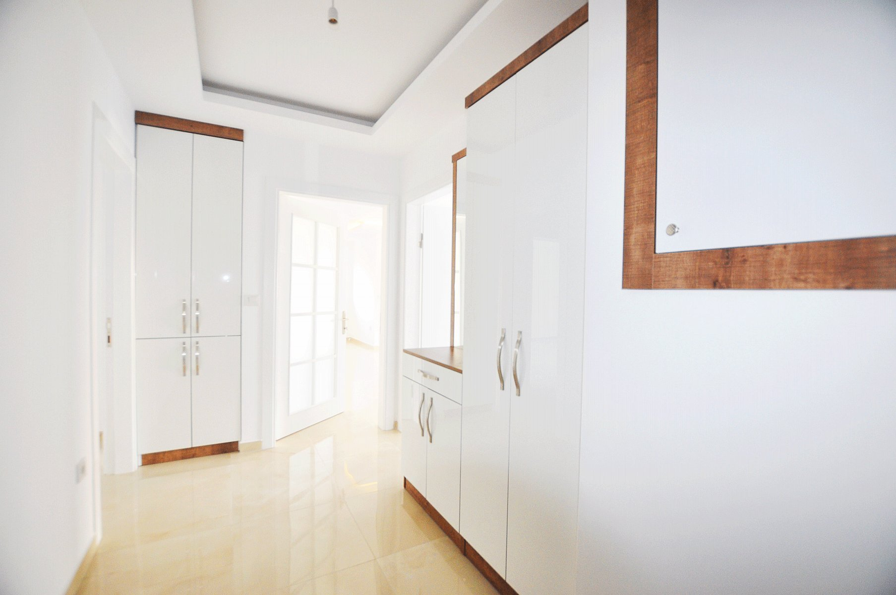 3+1 Просторная квартира в новом малоэтажном доме возле моря