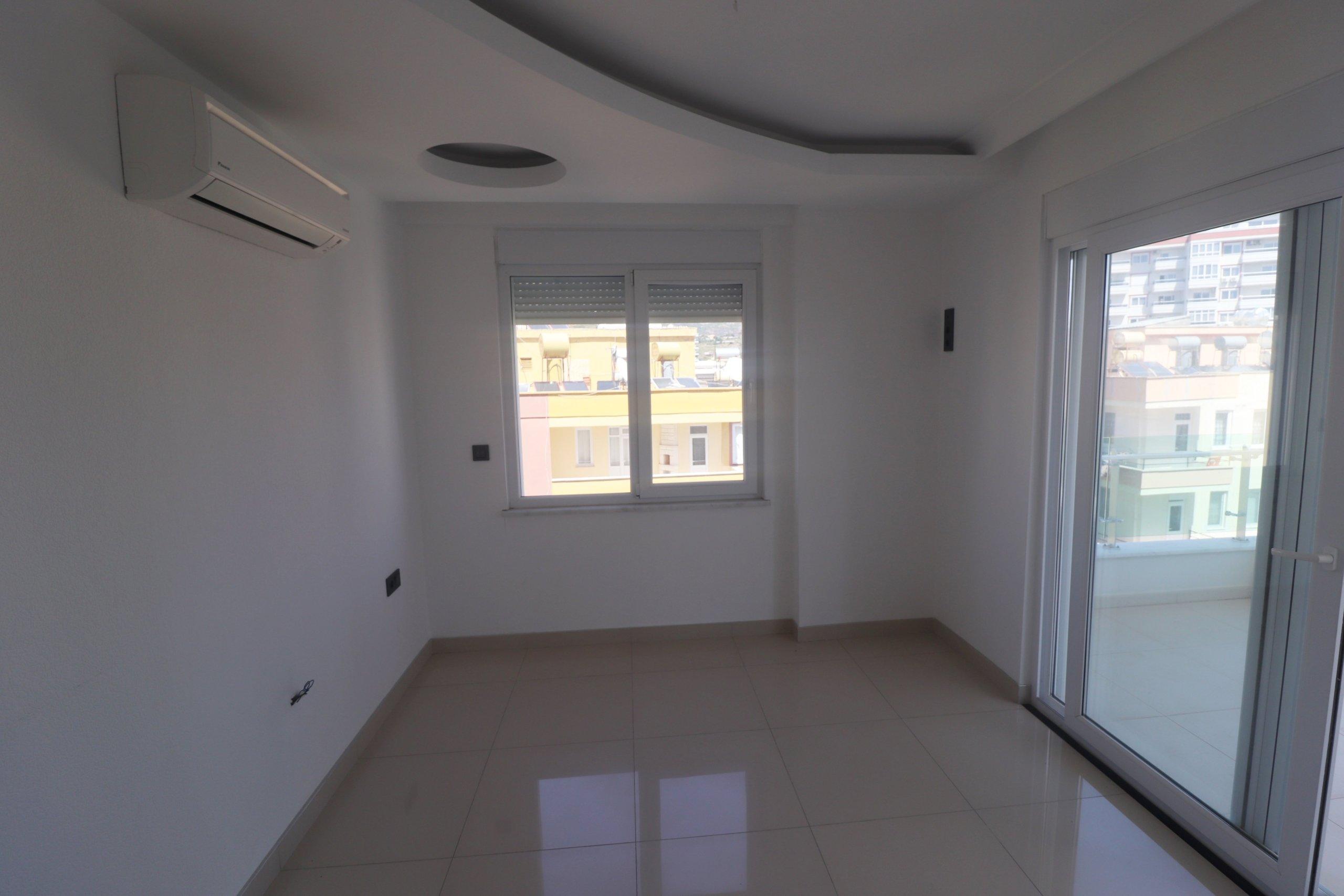 Новая с современным дизайном 1+1 квартира