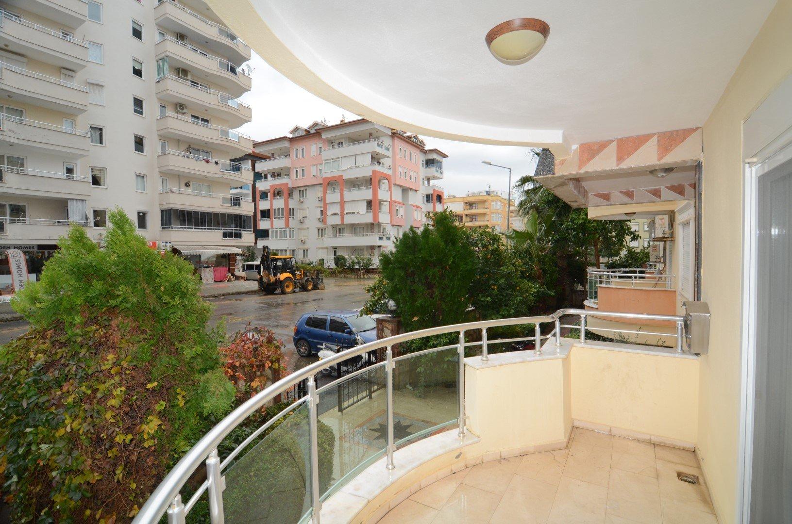 2+1 Меблированная квартира на первом этаже в Махмутларе