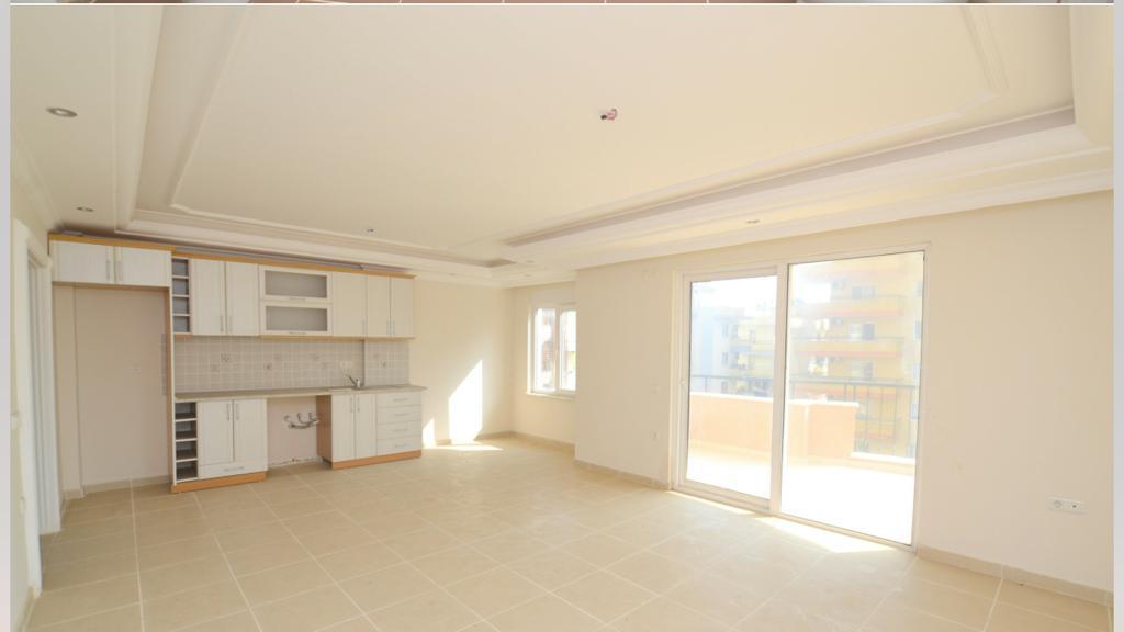2+1 Квартира  в комплексе с красивыми аллеями и большим бассейном